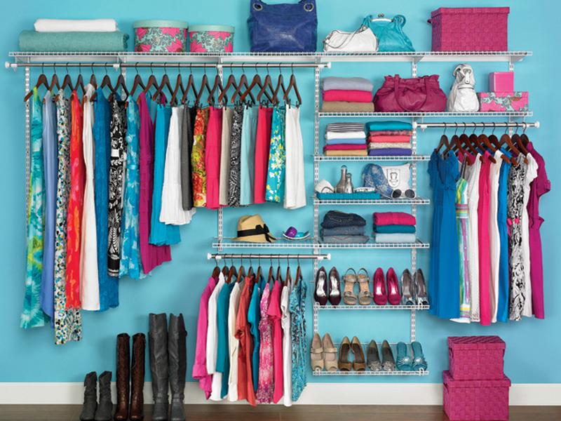 Closets Pequenos – 24 Ideias Práticas e Lindas Para Te Inspirar-1