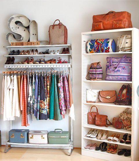 Closets Pequenos – 24 Ideias Práticas e Lindas Para Te Inspirar-24