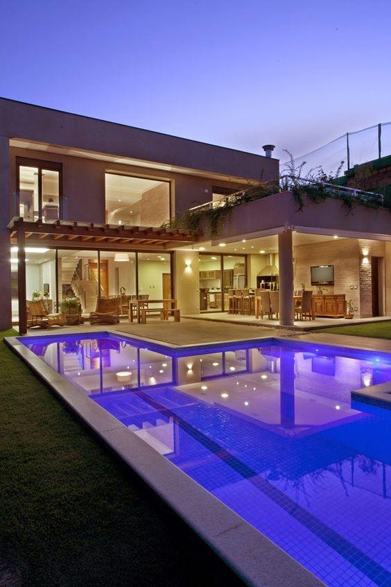 Modelos de casas modernas x ideias para se inspirar for Case moderne con piscina