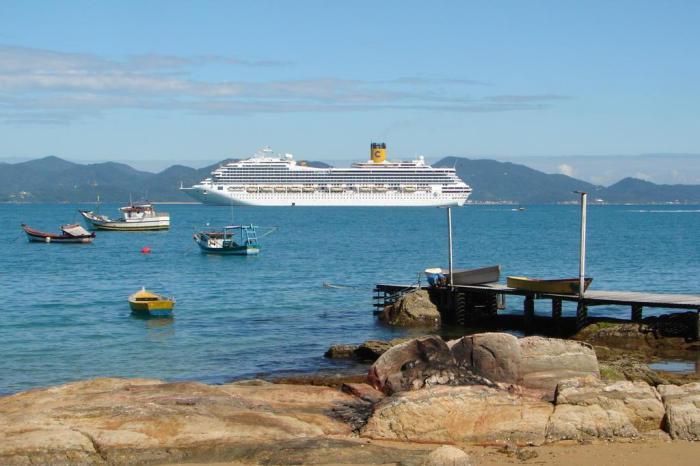 Navios de cruzeiros Costa Fascinosa