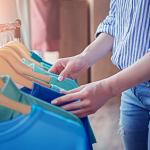 Como revender roupas: conquiste sua independência financeira